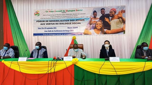 Burkina Faso: La jeunesse à l'école du dialogue social et du civisme