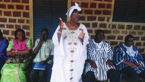 CRISE INTER-COMMUNAUTAIRE À GAOUA: Le gouverneur du Sud-Ouest réconforte les déplacés à Bobo
