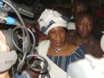 Visite de Blaise Compaoré à Paris: Quand la veuve de Thomas Sankara s'en mêle