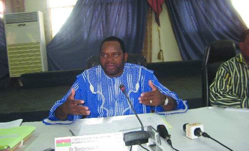 Réformes politiques consensuelles:  Le comité de suivi adopte son rapport semestriel