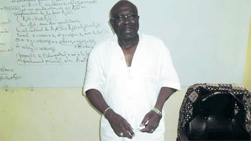 Diplôme d'études approfondies en mathématiques: Le professeur Moussa Ouattara toujours dans les amphithéâtres
