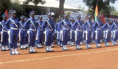 Gendarmerie nationale 272 nouveaux sous officiers pour - Grille salaire sous officier gendarmerie ...