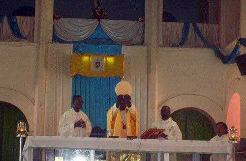 Fête de la Toussaint: Les fidèles chrétiens appelés à vivre les béatitudes