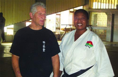 Karaté do:  De nouveaux gradés pour booster l'art martial au Faso