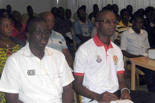 Mouvement associatif: Œuvrer pour une participation citoyenne aux élections
