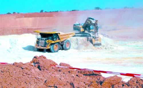 Mine d'or de Sabcé: L'espoir au fond des trous