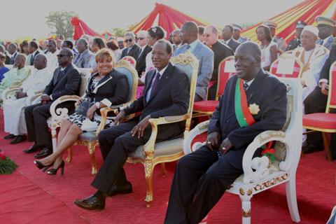 Commémoration du 11 Décembre 2012: Blaise COMPAORE préside la cérémonie de décoration de 1070 récipiendaires