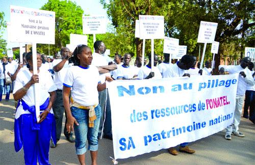 Syndicat national des travailleurs des télécommunications: Les agents de l'ONATEL dans la rue pour se faire entendre