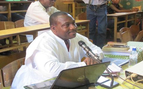 Théories de la connaissance universelle: Dramane Konaté digne du titre de Docteur