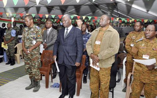 Le Premier ministre à Forobaranga au Darfour: Noël célébré dans la prière et le show avec le bataillon Laafi 4