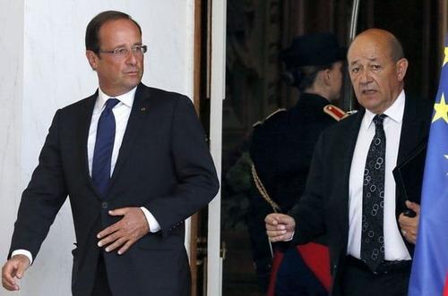 Mali: Jean-Yves Le Drian, le ministre de la Défense qui jugeait la guerre «souhaitable et inéluctable»