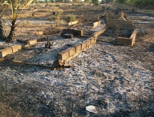 Arrondissement n°4 de Ouagadougou: Le cimetière de Tanghin incendié