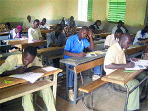 Examens du secondaire: Bilan satisfaisant pour la session de 2012