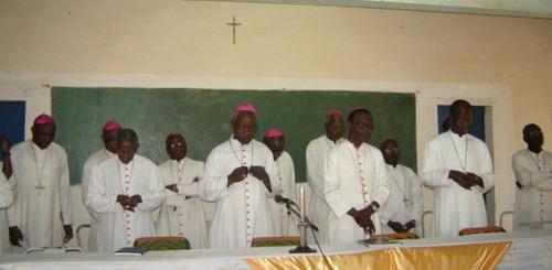 Démission du pape Benoît XVI: La réaction des évêques du Burkina et du Niger