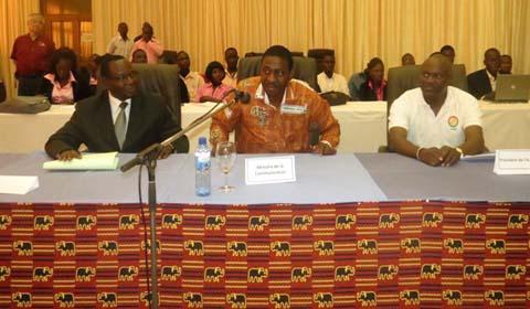 Télécommunications: Echanges d'expérience entre radioamateurs du Burkina, du Japon et d'Italie