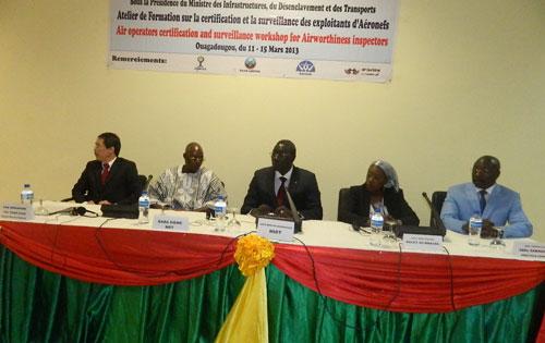 Sécurité de la navigation aérienne en Afrique: La certification et la surveillance des exploitants d'aéronefs à la loupe