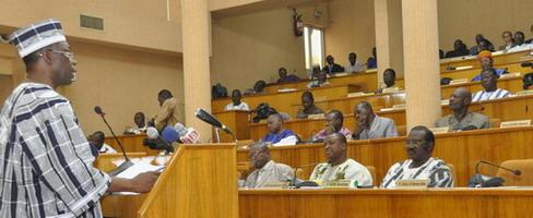 Communiqué de presse:  Luc Adolphe Tiao attendu à l'Assemblée nationale le 4 avril 2013 pour la présentation de la situation de la Nation