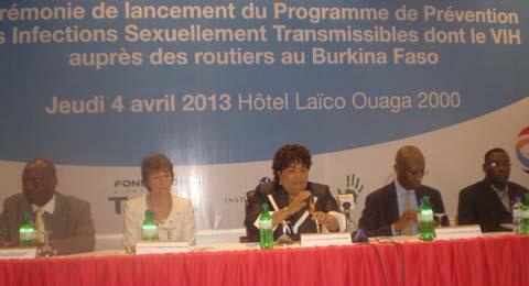 SIDA: La fondation Total et l'association African Solidarité unies contre la pandémie sur nos routes