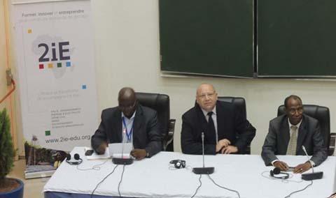 Journées Scientifiques de la Fondation 2iE: «Donner le goût de l'entreprenariat et de la recherche à la jeunesse africaine».