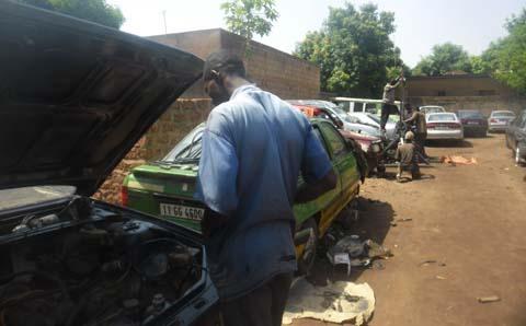 Garages automobiles à Bobo: L'anarchisme et les nuisances aux citoyens