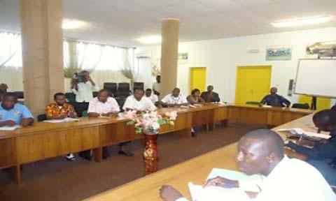 Concours directs de la fonction publique 2013: du 2 au 14 Mai, réception des dossiers de recrutement de 8 157 agents de l'Etat