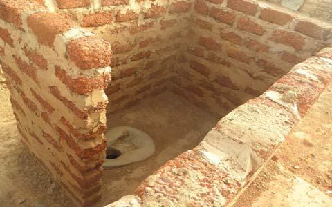 Engagements des ministres Tiao et Bassolé pour des latrines dans le Sanguié: Il faut attendre d'ici fin mai pour que tout soit réalisé