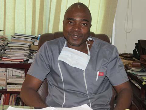 Dr Robert Ernest Toé, président de l'Ordre national des Chirurgiens-dentistes du Burkina Faso: «Une dent malade menace tout l'organisme»
