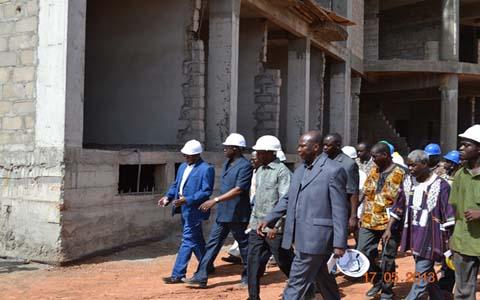 Luc Adolphe Tiao: «Le vrai problème au Burkina c'est que nous n'avons pas de vraies entreprises performantes, capables de réaliser des travaux de grande  échelle et de grande qualité».