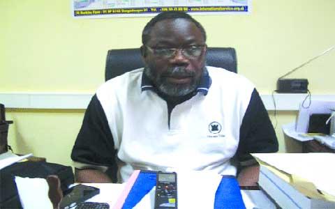 Pr Albert  Ouédraogo, maître de conférence de lettres à l'université de Ouagadougou: «Les 50 ans de l'UA ne sont pas à jeter dans la corbeille»
