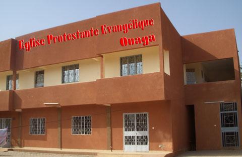 Eglise protestante évangélique de Ouagadougou: 10 ans de ministère urbain et un foyer pour étudiants