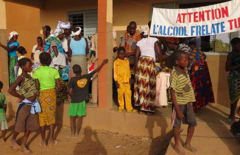 Sensibilisation sur l'alcoolisme: Une campagne bienfaisante à Ladiana