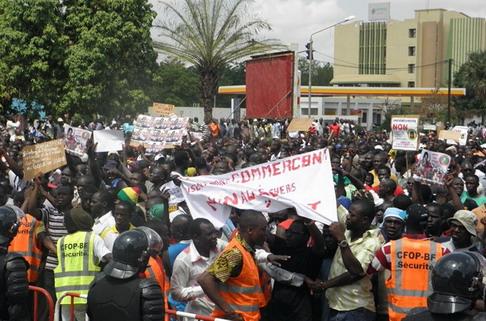 Les-à-côtés de la marche du 29 juin: Elèves et étudiants, les plus nombreux à sortir