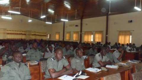 Enquêtes sur femmes et mineurs: Les techniques enseignées aux policiers et aux gendarmes
