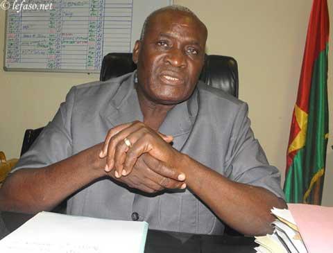 Mesure gouvernementale de relogement des étudiants expulsés des cités: «12 à 13 inscrits à la date d'hier», selon le ministre Alain Zoubga