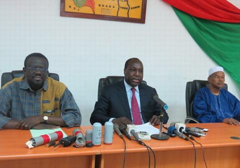 Sénat: L'Opposition politique invite le peuple  burkinabè à demeurer vigilant et mobilisé