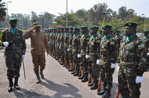 Forces Armées Nationales: Le Gal Honoré N. Traoré a effectué une visite de travail et d'amitié au Rwanda