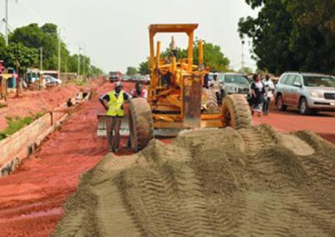 Commune de Saaba: Un habitant se plaint de l'arrêt des travaux de bitumage de la route principale