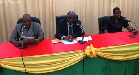 Echanges entre Pr Moussa Ouattara et les lauréats des examens scolaires du BEPC et du baccalauréat 2013