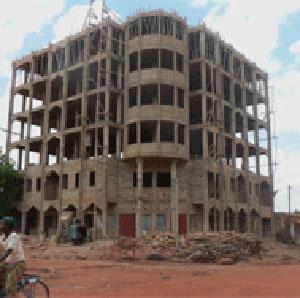 Villes du Burkina Faso: Penser en verticale (hauteur)