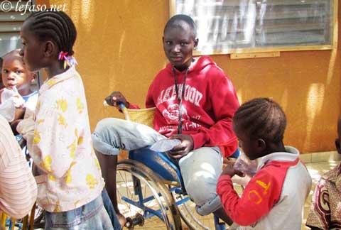 Parrainage: SOS pour enfants handicapés