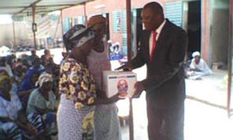 Arrondissement 2 de Ouaga: Des vivres pour les pensionnaires des cours de solidarité