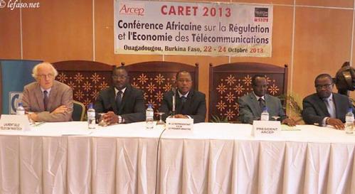 Economie des télécommunications: Vers le rapprochement entre régulateurs, opérateurs et chercheurs