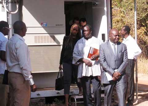 Nucléaire: une délégation du comité 1540 visite le centre national des données (CND) du Burkina
