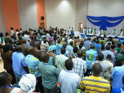 Religion: Fin du forum des mouvements, associations et groupes de spiritualité à Ouagadougou.