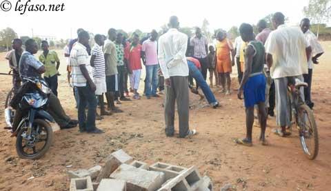 Parcellisation et vente du lycée Promotion: Des jeunes de Sarfalao s'opposent