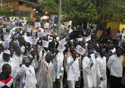 Chronique du gouvernement: 2014, une année de défis pour le Burkina Faso