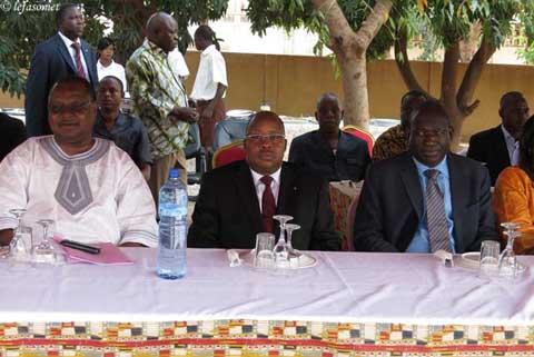 Présentation de vœux au Ministère de l'Habitat et de l'Urbanisme: Yacouba Barry annonce les chantiers de 2014