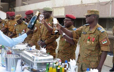 Armée nationale: un toast pour souhaiter la bienvenue au bataillon Badenya 1
