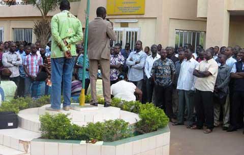 Ministère de l'Economie et des finances: les agents maintiennent la pression
