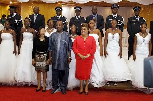 La première Dame parraine un mariage collectif organisé par le Ministère de l'Administration territoriale et de la sécurité